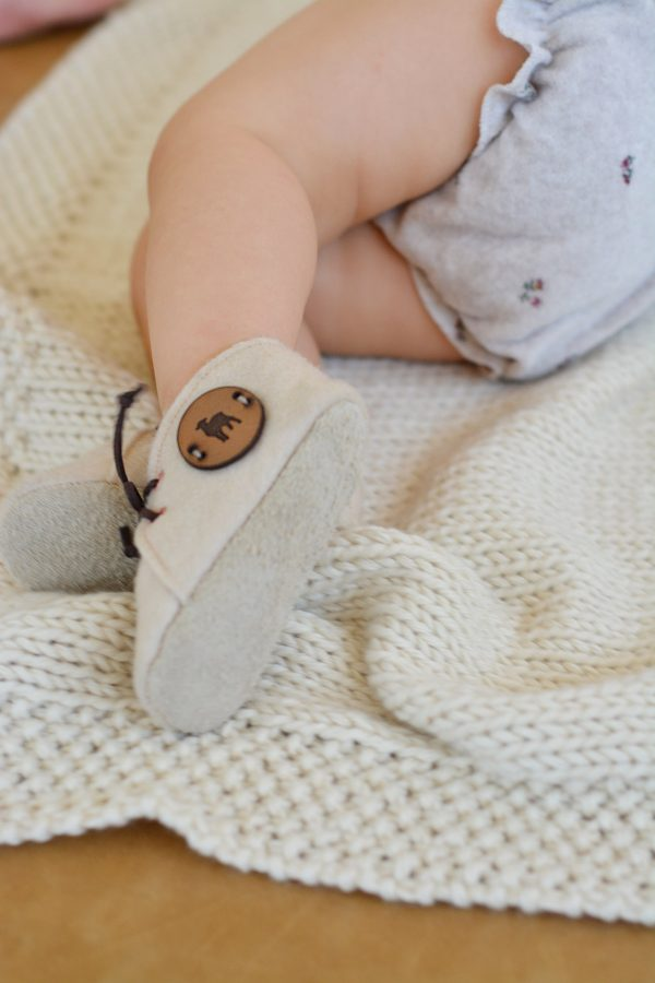 Felt and leather baby shoes